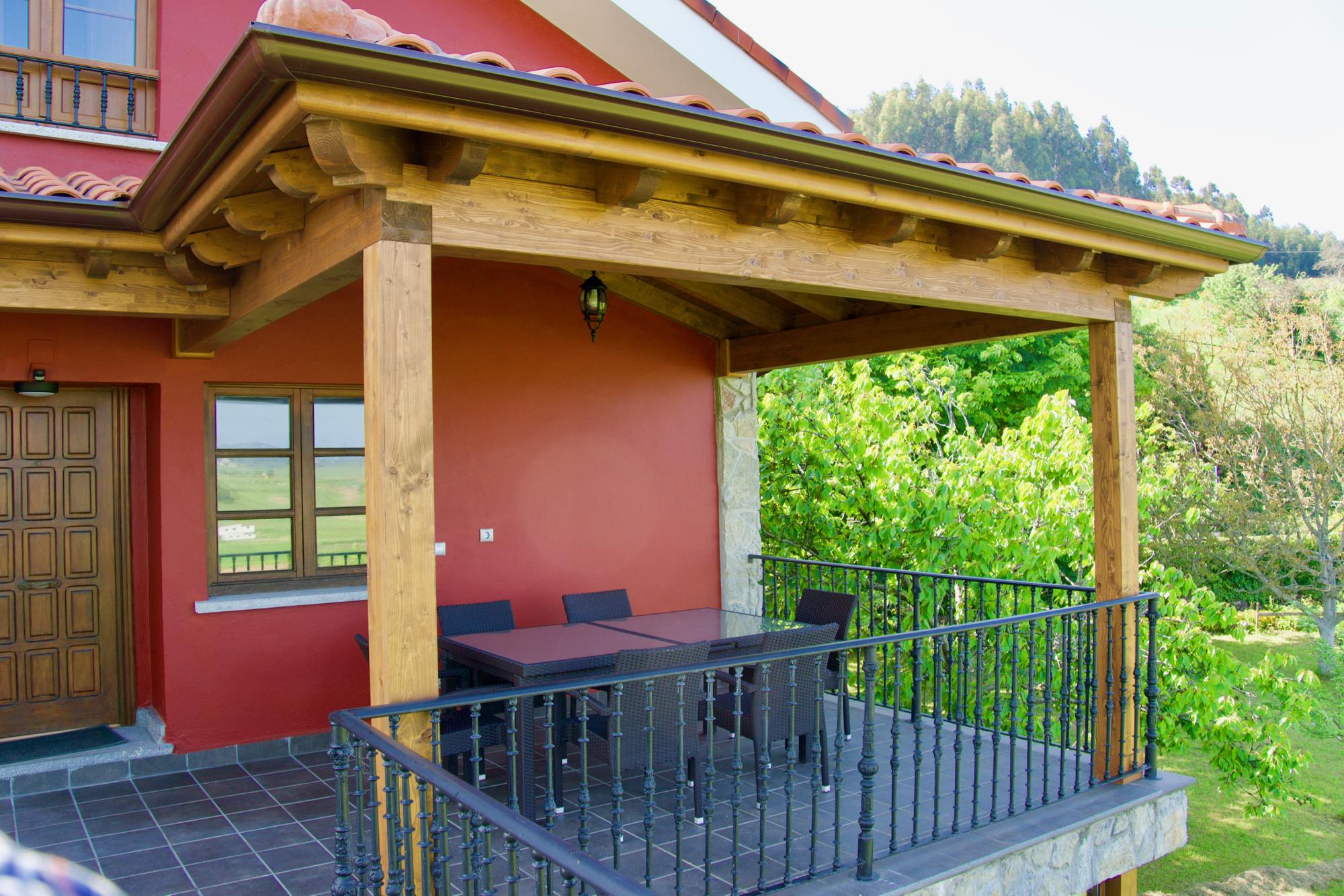 Porches y p rgolas casas eficientes cevisa - Pergolas y porches ...